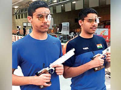 Identical twins Udhayveer and Vijayveer Sidhu confuse officials