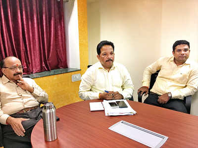 Sena reviews its position in city before Assembly polls