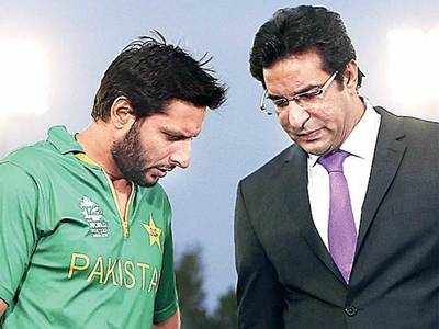 Afridi, not Sehwag, redefined opening in Tests: Akram