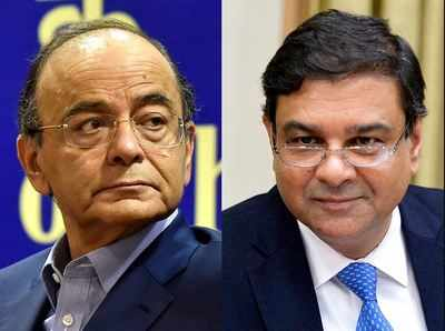 Fear of Urjit Patel, 2 deputies quitting may temper govt aggression