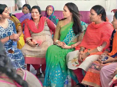 Meghan wore a sari on secret India trip in 2017