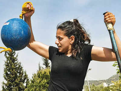 Separate Paralympic team for refugees delivers hope