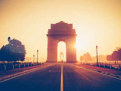 COVID-19: Lockdown empties Delhi streets amid deadly surge