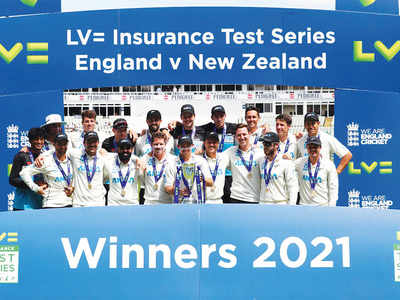 New Zealand win second Test, clinch series 1-0