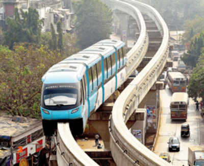 Extended Monorail run sees paltry turnout