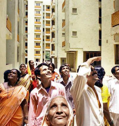 17 years on, govt realises SRA has failed Mumbai