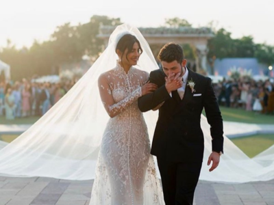 Priyanka Chopra, Nick Jonas pen loved-up notes on second wedding anniversary