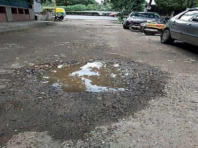 Kensington Cross is missing a road