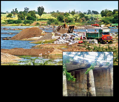 Did sand mining damage crack Narayangaon bridge?