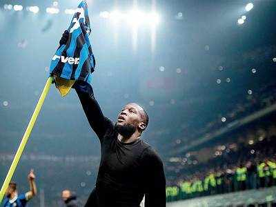 Lukaku comes out on top against Zlatan Ibrahimovic with win