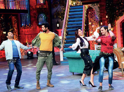Nora Fatehi steals the belly-dance from Vicky Kaushal and Kapil Sharma