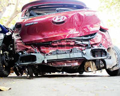 Online portal employee dies in Mulund car crash