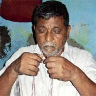Most famous paani puri walla quits to become a watchman
