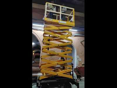 Western Railway gets Hydraulic Scissor Lifts for better maintenance of platforms