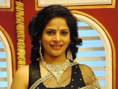 Actress Nupur Alankar sells jewellery to survive after money gets locked in PMC bank