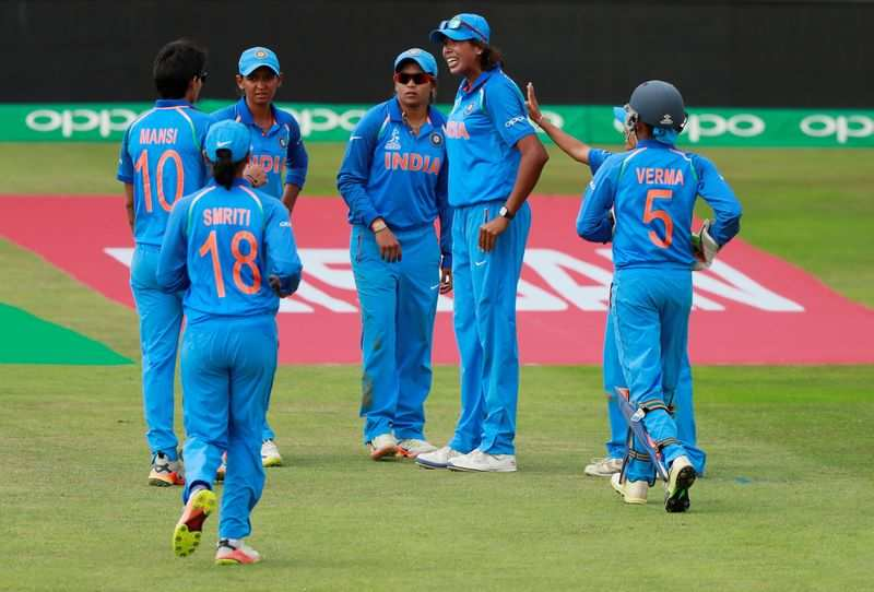 India inch closer to semi-finals with 16-run win over Sri Lanka
