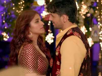 Watch: Parineeti Chopra abducts Sidharth Malhotra to forcefully marry him