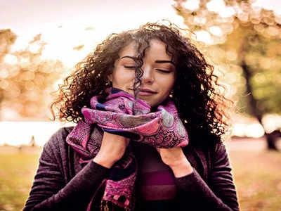 Mirrorlights: 6 ways to wear your scarf