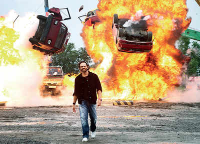 Rohit Shetty drives through explosion in Khatron Ke Khiladi finale; His daredevils face pythons