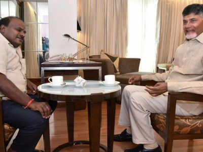 Chandrababu Naidu, HD Kumaraswamy meet in Vijayawada, talk on uniting regional parties to defeat NDA