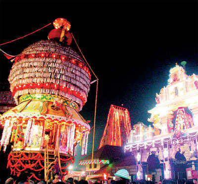 Udupi temple tower to get a golden glow