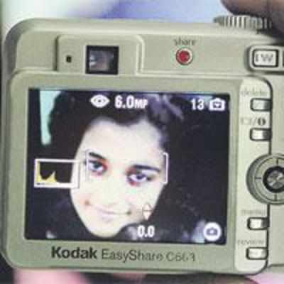 DID AARUSHI '˜SHOOT' HER KILLER THAT NIGHT?
