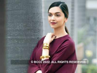 Deepika Padukone joins 'Pawri Ho Rahi Hain' bandwagon with a hilarious twist to viral meme
