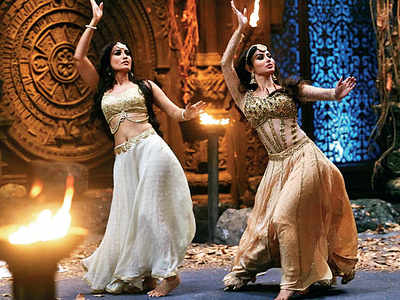 Original Naagin Mouni Roy is back on the show
