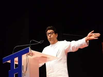 Speaking in Hindi, MNS chief Raj Thackeray speaks for Marathi
