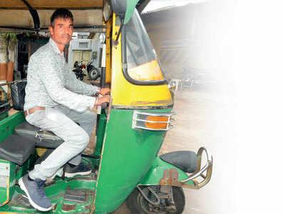 Amdavad no Rickshawwalo : Who broke traffic rules 115 times
