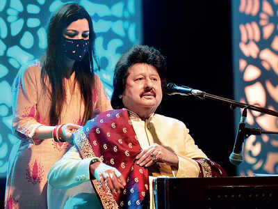 Pankaj Udhas goes virtual