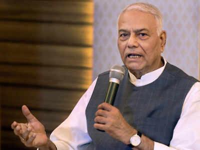 Yashwant Sinha: Countrymen can demand Arun Jaitley quit over deeply flawed GST, FM a burden on Gujarat