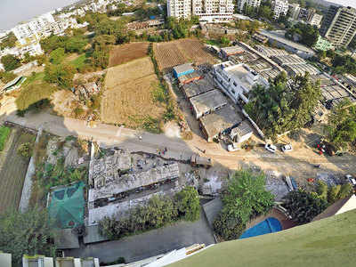 Lack of good entry route irks society on Pashan-Sus Rd