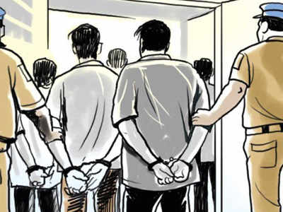 Two Wadala residents get 1-year jail for beating cops