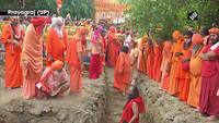 Watch: Mahant Narendra Giri's 'Samadhi' installed in Baghambari Math, Prayagraj