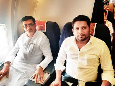 Balasaheb Thorat, Sujay Vikhe Patil travel from Delhi to Shirdi together