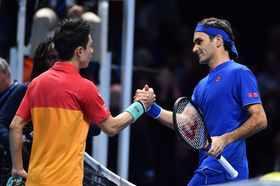 Federer loses to Nishikori in ATP Finals opener