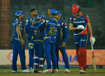 Mumbai Indians: IPL 2017 : Mumbai Indians thrash Delhi Daredevils by 146  runs, qualify for playoffs