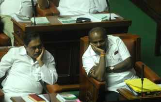 Live: K'taka house adjourned without trust vote; BJP to stage dharna