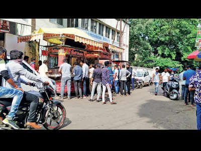 86 dead of COVID, 2,338 new cases in Pune dist