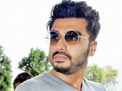Arjun Kapoor upset at online portals for projecting step-sister Janhvi Kapoor in bad light