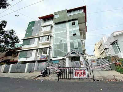 Private hospitals bat for micro-containment