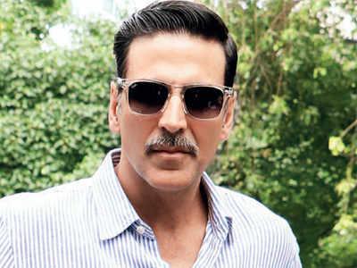 Akshay Kumar to dance to Farah Khan's tunes again in Housefull 4