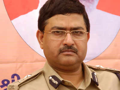 Supreme Court judge recuses from hearing plea on Gujarat cadre IPS Rakesh Asthana's appointment