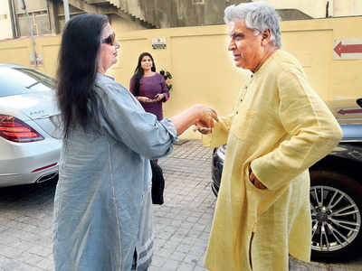 Spotted: Shabana Azmi and Javed Akhtar in Juhu