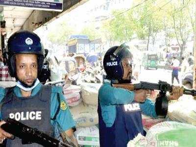 'Hefazat radicals entering India'