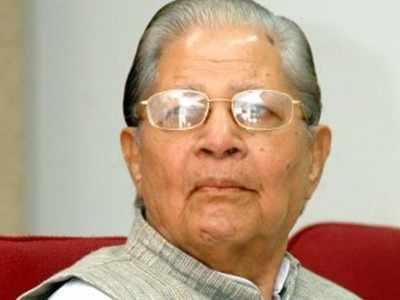 Senior Congress leader Madhavsinh Solanki passes away; Rahul Gandhi, PM Modi express condolences