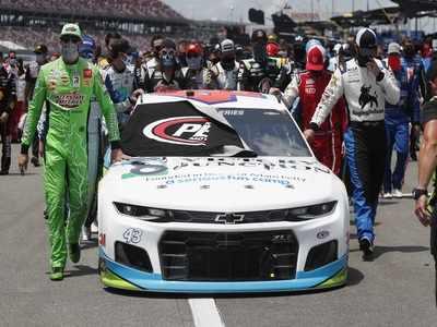 NASCAR rallies around Bubba Wallace as FBI investigates noose