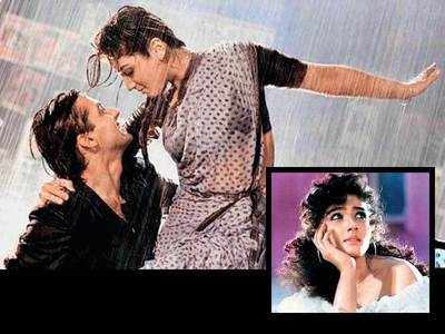 First Day First Shot: When it took 5 takes for Raveena Tandon to say 'Hi daddy' on the sets of Salman Khan-starrer Patthar Ke Phool