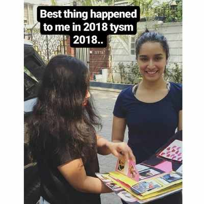 A fan's handmade token of love leaves Shraddha Kapoor delighted